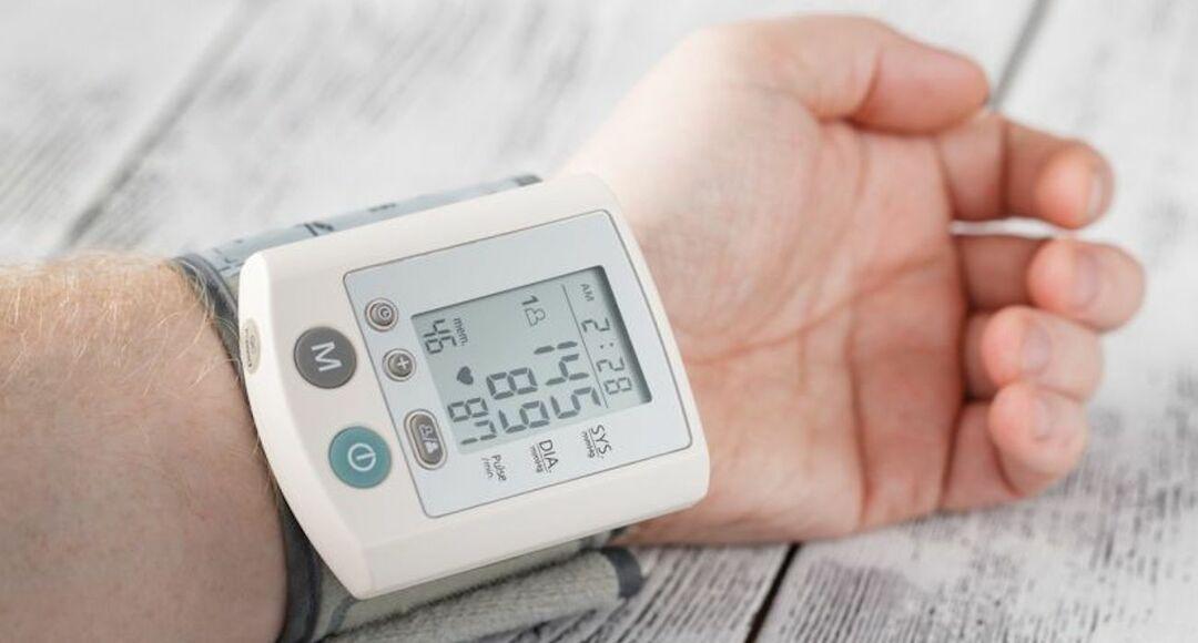 減塩効果のない高血圧には腸内細菌叢が関係、金沢大が発表