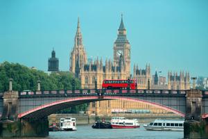 なぜ日本にできない財政再建・経済成長が、英国にはできたのか