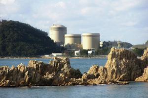 原発再稼働と廃炉は表裏一体 <br />関電廃炉検討に潜む国の思惑