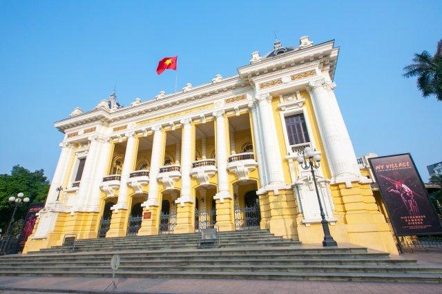 ベトナム,ハノイ,コロニアル建築の市劇場