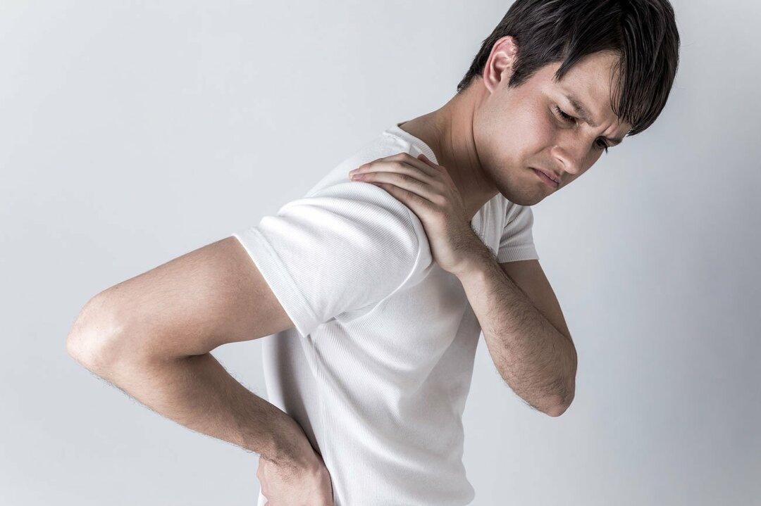 肩こりや腰痛の原因は「足」にあるかもしれません