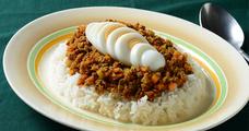 カフェ飯にキーマカレーが多い理由とは?年200皿カレーをつくる男の最強レシピ