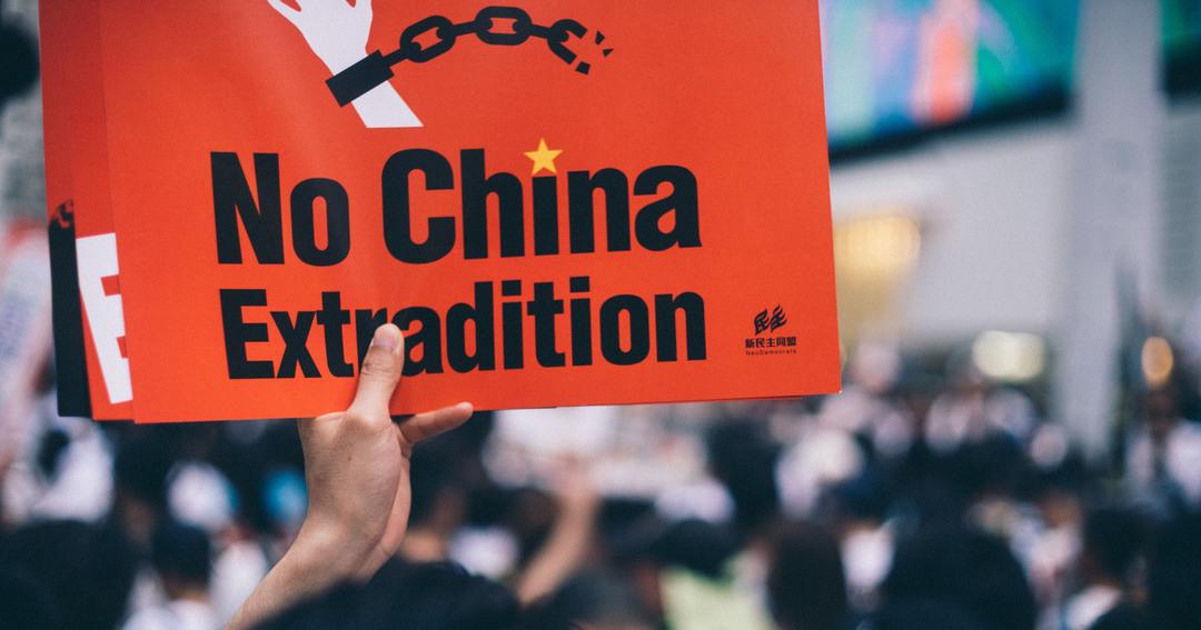 牙を抜かれた香港の学生たち、中国の野望はアヘン戦争以前の秩序回復か