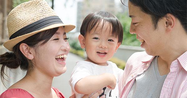 赤ちゃんの脳の発達を促す、話しかけ「3つのルール」