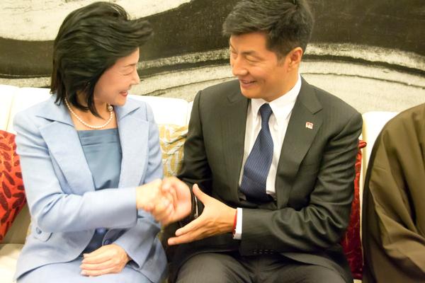 なぜ中国は仏教徒を歓待するのか?