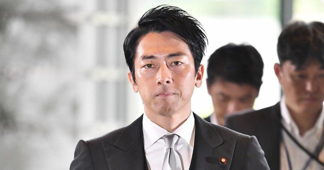 進次郎氏は「客寄せパンダ」、安倍首相の疲労にじむ変化なき内閣改造