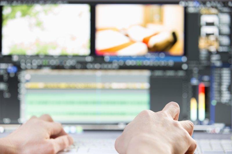 テレビCMを博打から科学的なマーケティング手段に変えたビズリーチ