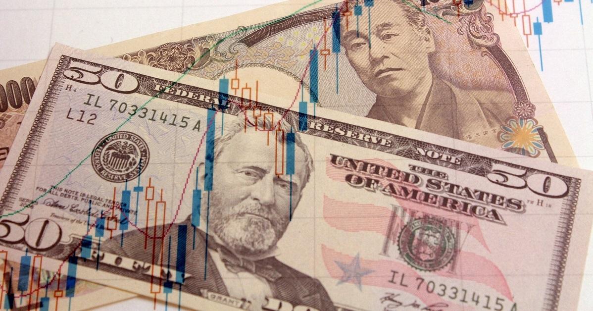 ドルが基軸通貨でなくなる未来へのシナリオ