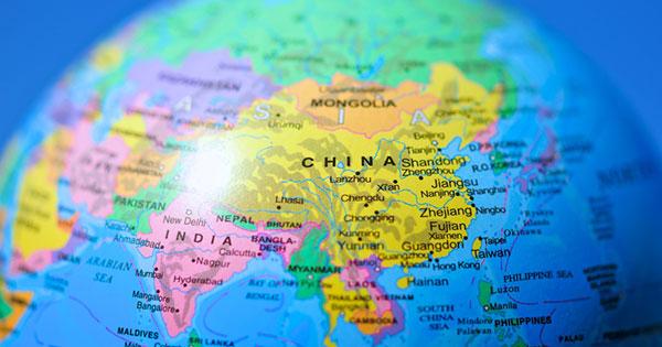 資本主義の「重心」がアジアなどに