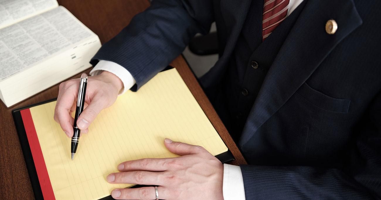 日頃からお付き合いのある顧問税理士、顧問弁護士に「会社売却」を相談する際は要注意