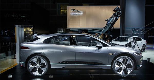 新しい時代へと向かうジャガー電気自動車を2018年から販売開始