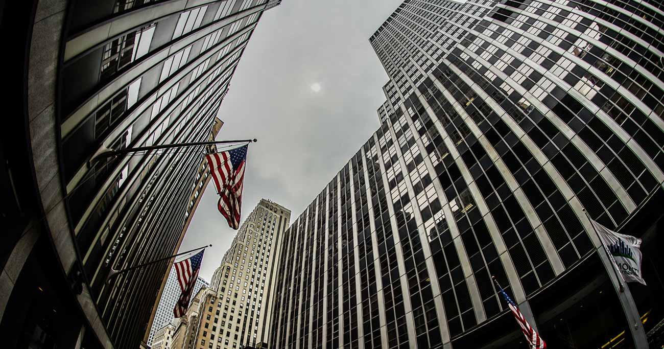 米国株下落は長短金利逆転による「景気後退の前兆」は本当か