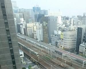 第一ホテル東京から見える電車