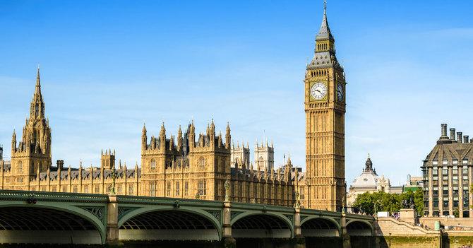 中国人の目に英国が「衰退した貧...