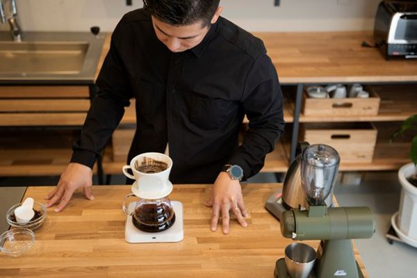 驚くほどわかりやすい!<br />バリスタ・チャンピオンが教える<br />超入門「コーヒー豆の選び方」