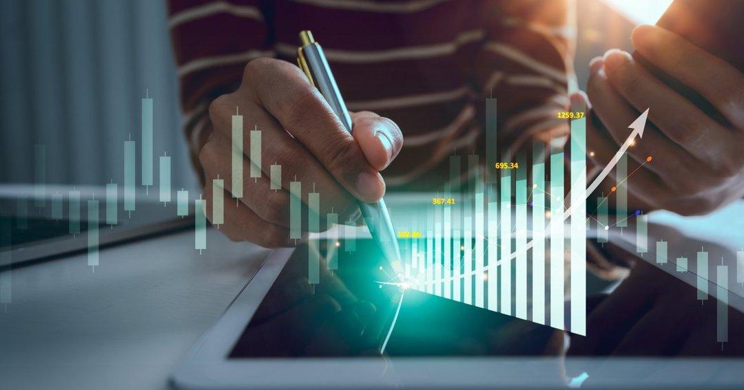 約3800社もある上場企業の中から<br />どうやって株価の上昇が期待できる<br />有望銘柄を探し出せばいいのか?