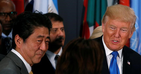 日米首脳、対北朝鮮で連携確認 トランプ大統領訪日前に電話会談