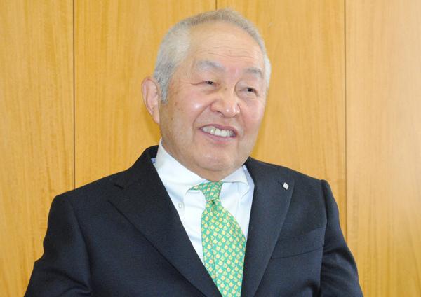 エステー・鈴木喬会長【下】<br />経営者を育成するには勉強よりも勝負事