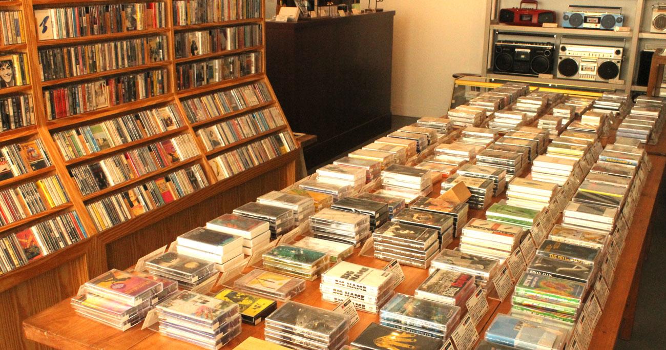 元アマゾン社員が立ち上げた日本唯一「カセットテープ専門店」の魅力