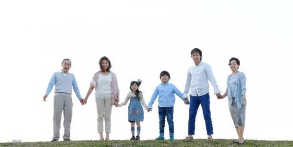 家族カードのメリットや発行条件を解説