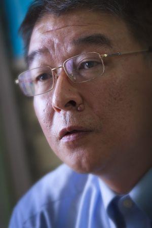 齊藤 誠  一橋大学大学院経済学研究科教授<br />低生産性・高コスト構造を自覚せよ