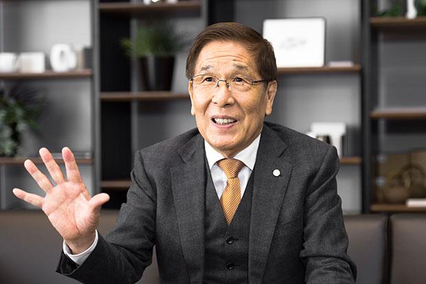 """匠大塚会長が""""父娘げんか""""を経て語る「事業承継ここを誤った」"""