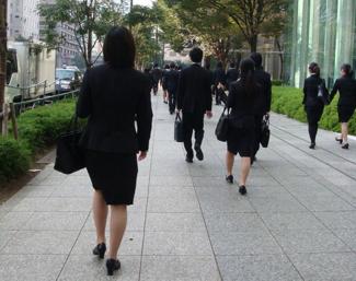 超売り手市場の就職戦線<br />企業は「訳あり」学生を狙え!