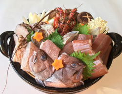 「三重県尾鷲市」の「幻の魚・尾鷲のマハタ鍋セット」