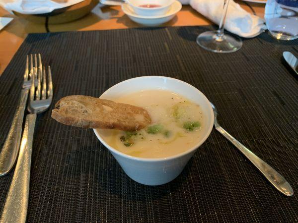「イタリアンダイニング ケシキ」のスープ
