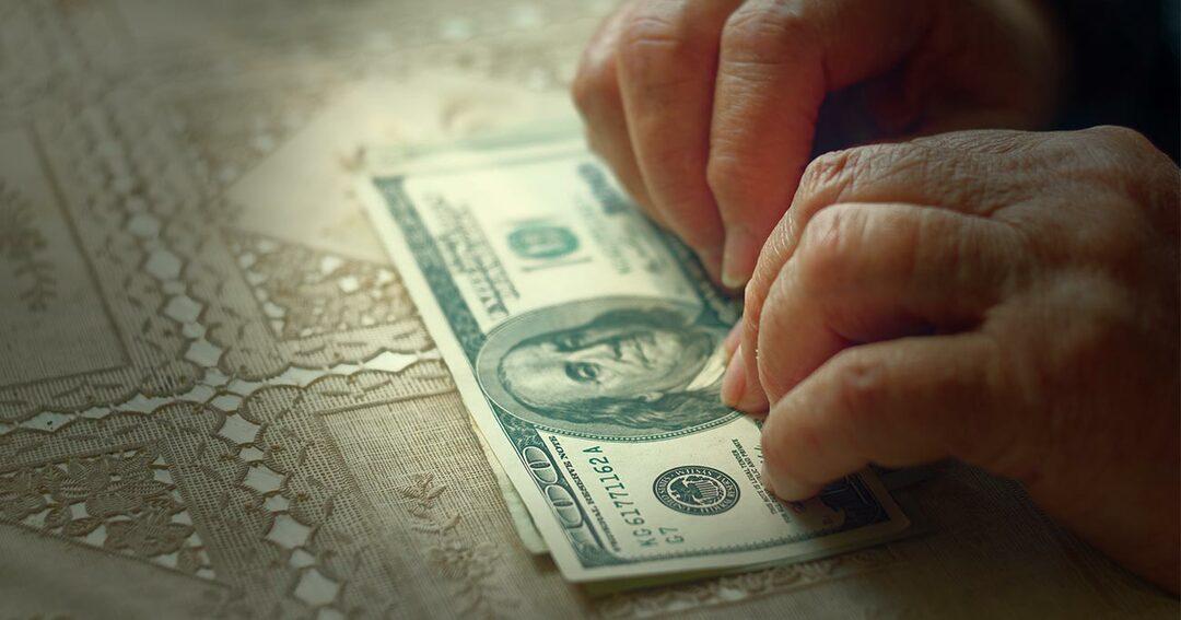 1%の富裕層が月500ドルを「保証所得」すれば2000万人が貧困から救われる