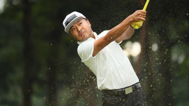 プロゴルファーの片山晋呉選手