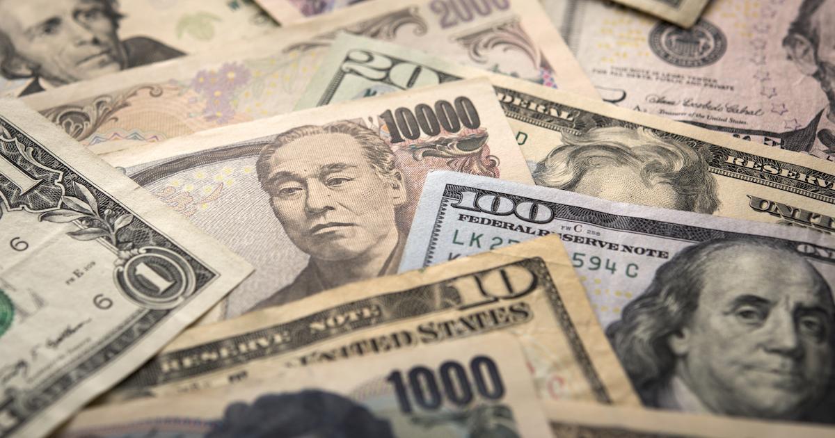 トランプノミクスで日本企業に円安の神風、世界は財政拡大へ