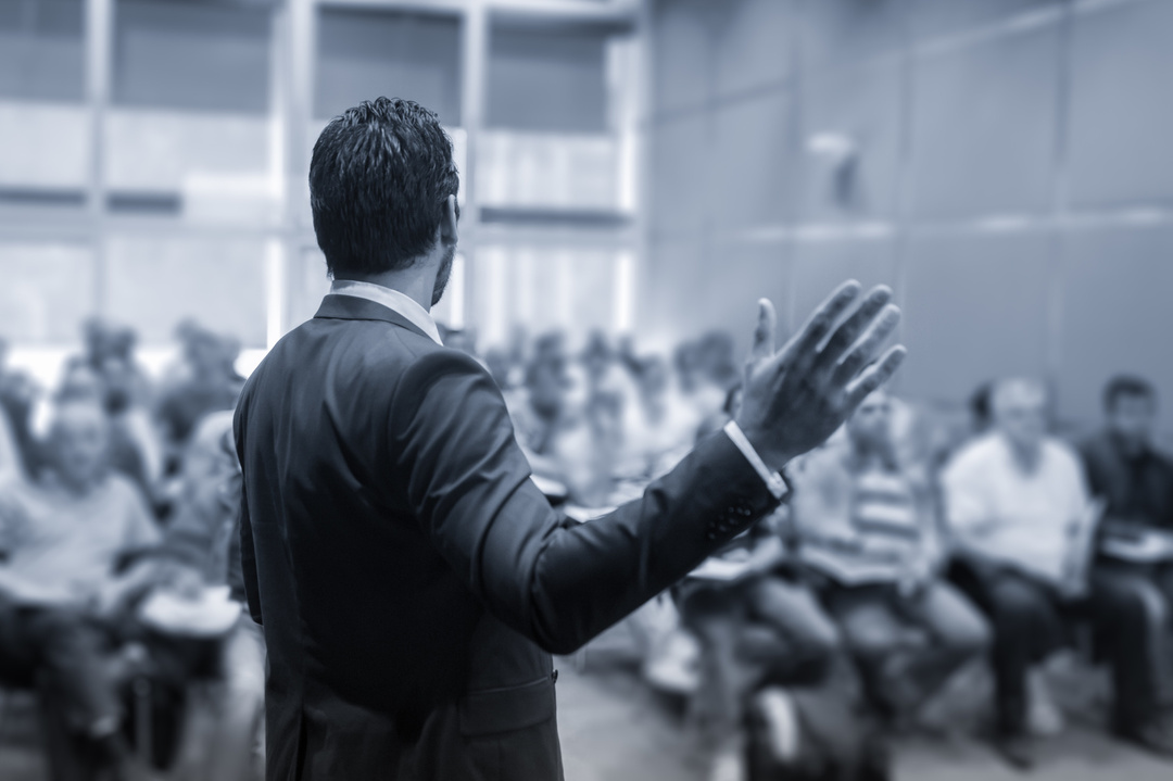一流リーダーは「カッコいい理念」ではなく、平凡でも「○○の言葉」で理念を語る。