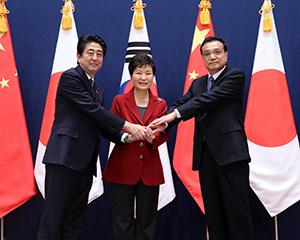 中国・韓国が日本との関係改善に追い込まれた事情