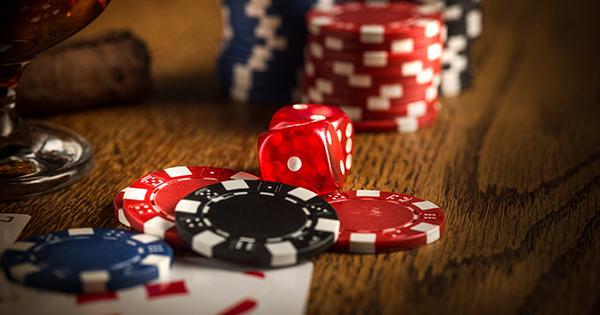 投資銀行と賭博場に共通する「エッジ」とはどんな意味か