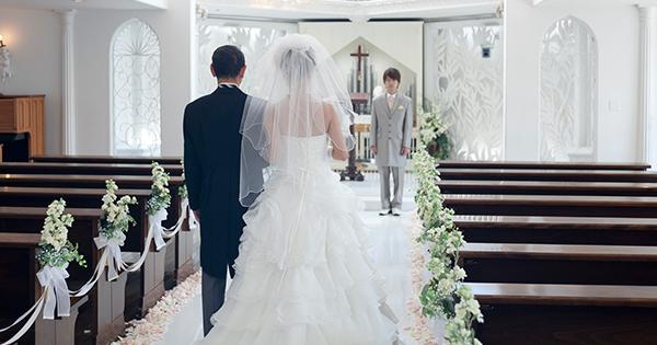 介護を理由に、恋愛や結婚をあきらめてはいけない