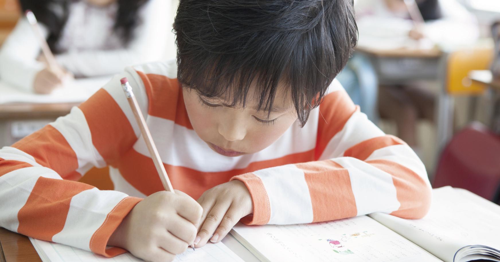 「瞑想」で成績アップ!?「集中力のある子」を育てる「脳の休ませ方」とは?