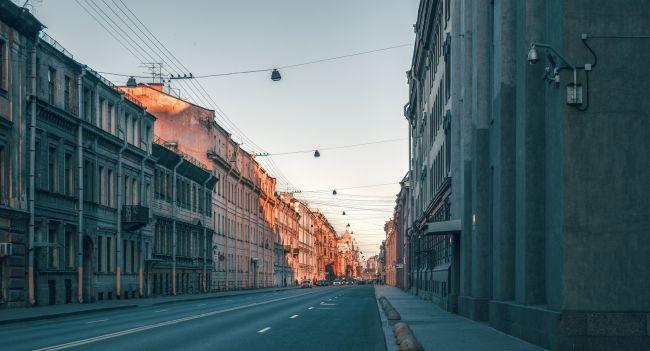 コロナ恐慌に飲まれたロシアの実情、財政出動も金融緩和も困難な理由