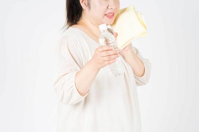 肥満の人がかく汗に痩せる効果はありません。