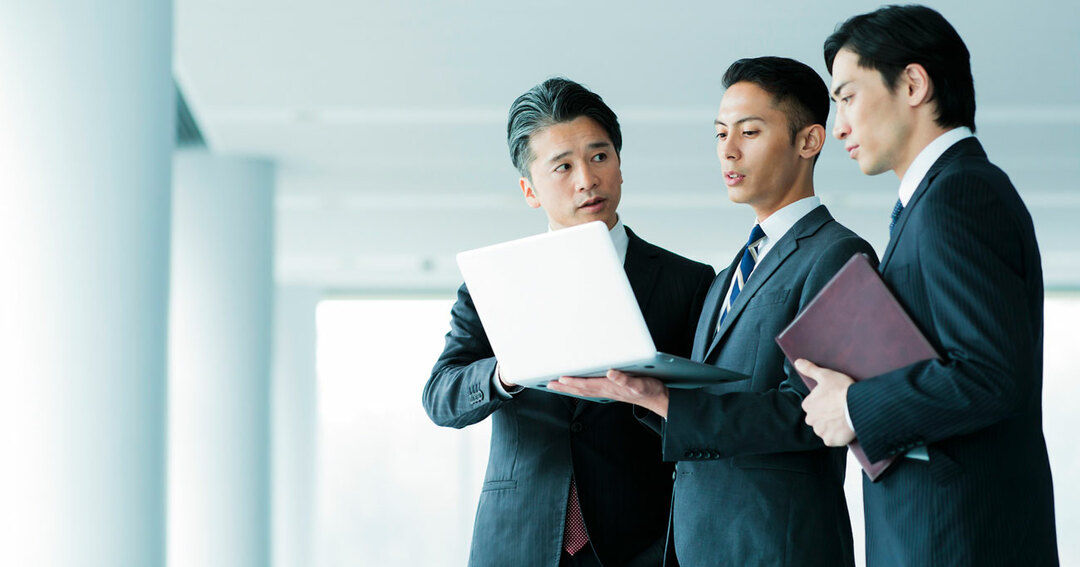 リーダー向けの企業研修での受講者の悩みとして聞くのは、「年上の部下」に対する接し方です