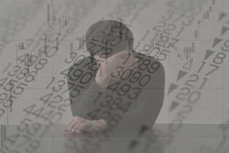 確定拠出年金の場合、株価が下がっても売るのはおすすめできません。
