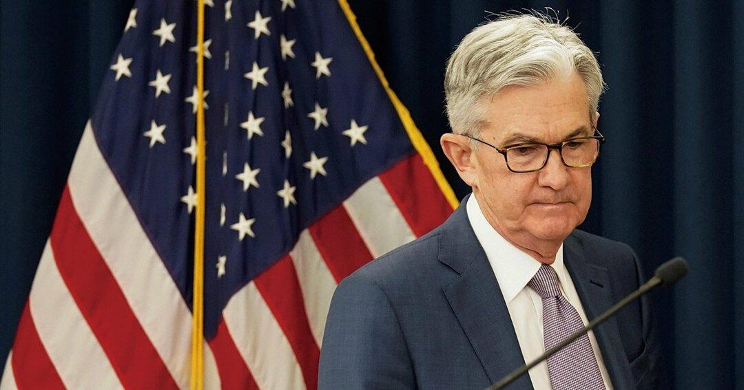 パウエル議長率いるFRBは、ゼロ金利政策と量的緩和政策に踏み切ったが、株安など市場の混乱は収まらない Photo:REUTERS/AFLO