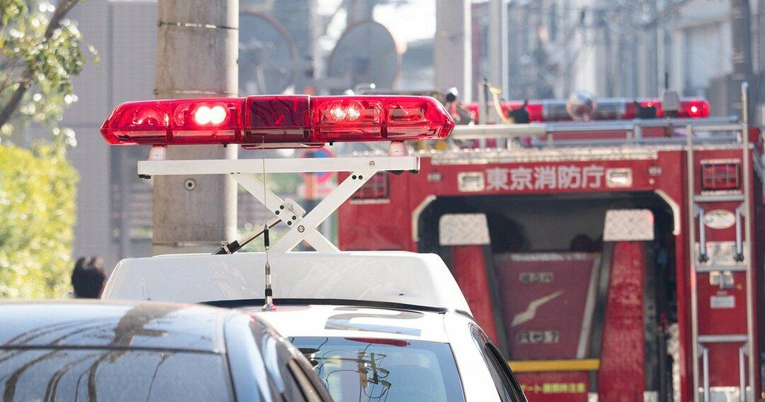 パトカーと消防車