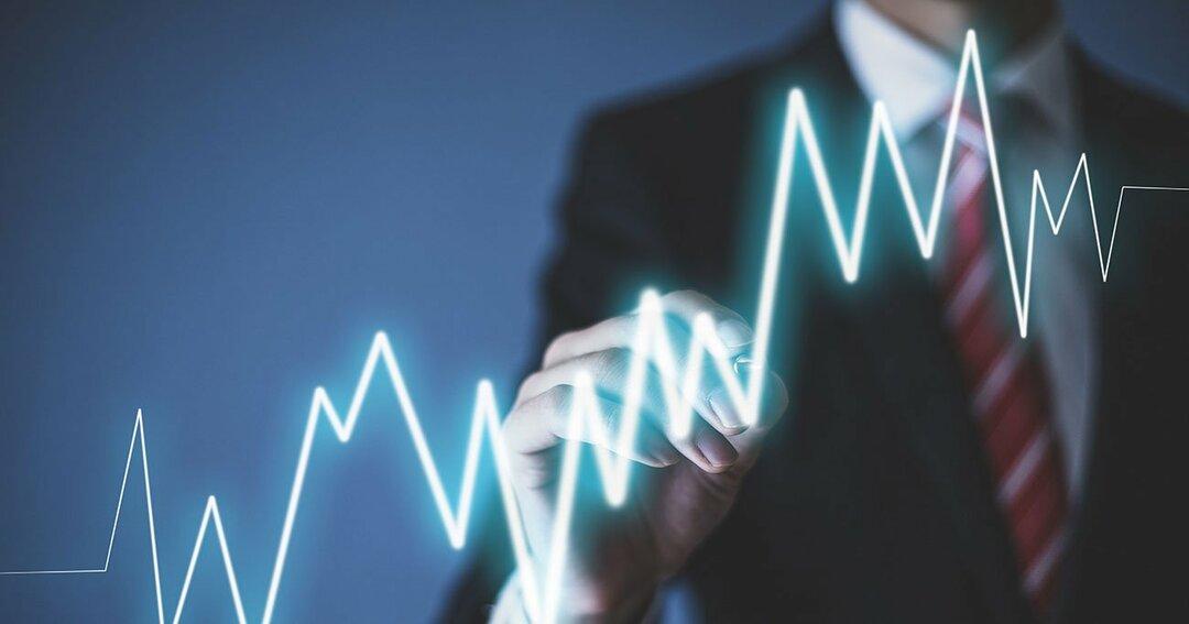 【FIREするなら小型株集中投資が最短コース】<br />投資は最初が一番つまずきやすい!<br />でも、やめないことが大切