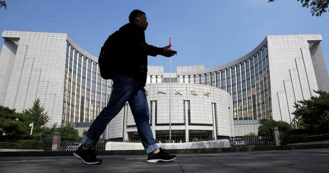 中国に忍び寄るデフレ、打つ手はあるか