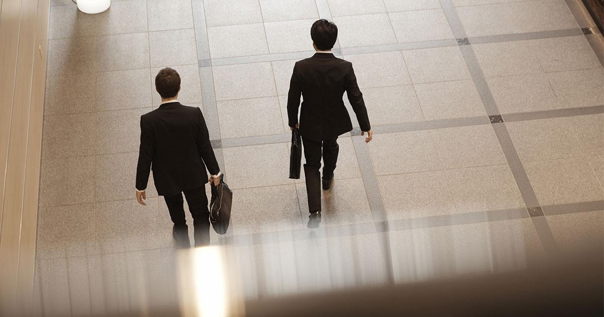 二流のリーダーは在職中の業績にこだわり、一流は汚名を被っても未来の業績にこだわる。