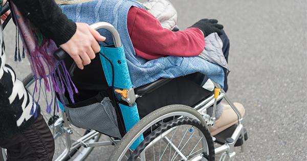 急に車椅子が必要になったら、社会福祉協議会へ問い合わせる