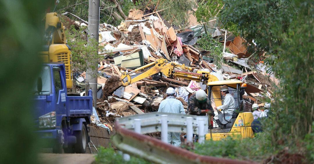 大雨/土砂崩れで倒壊した家屋(2019年10月26日撮影/千葉県)