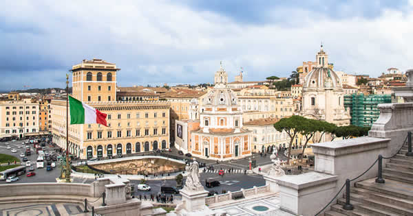 イタリアの新政権発足で広がる不安
