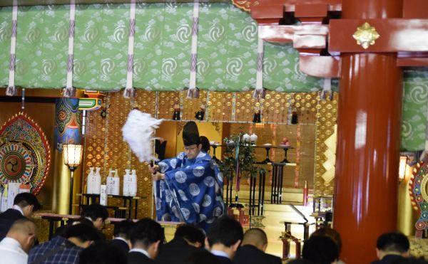 神田明神の祈祷会の様子